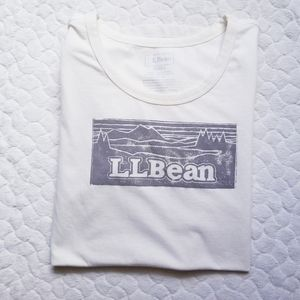 L.L. Basic white tee shirt logo light grey capsule